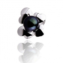 Four Leaves Clover - Cultured pearl ring